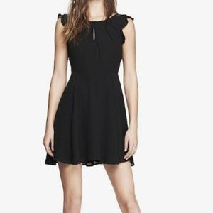 Express keyhole dress with lace detail back